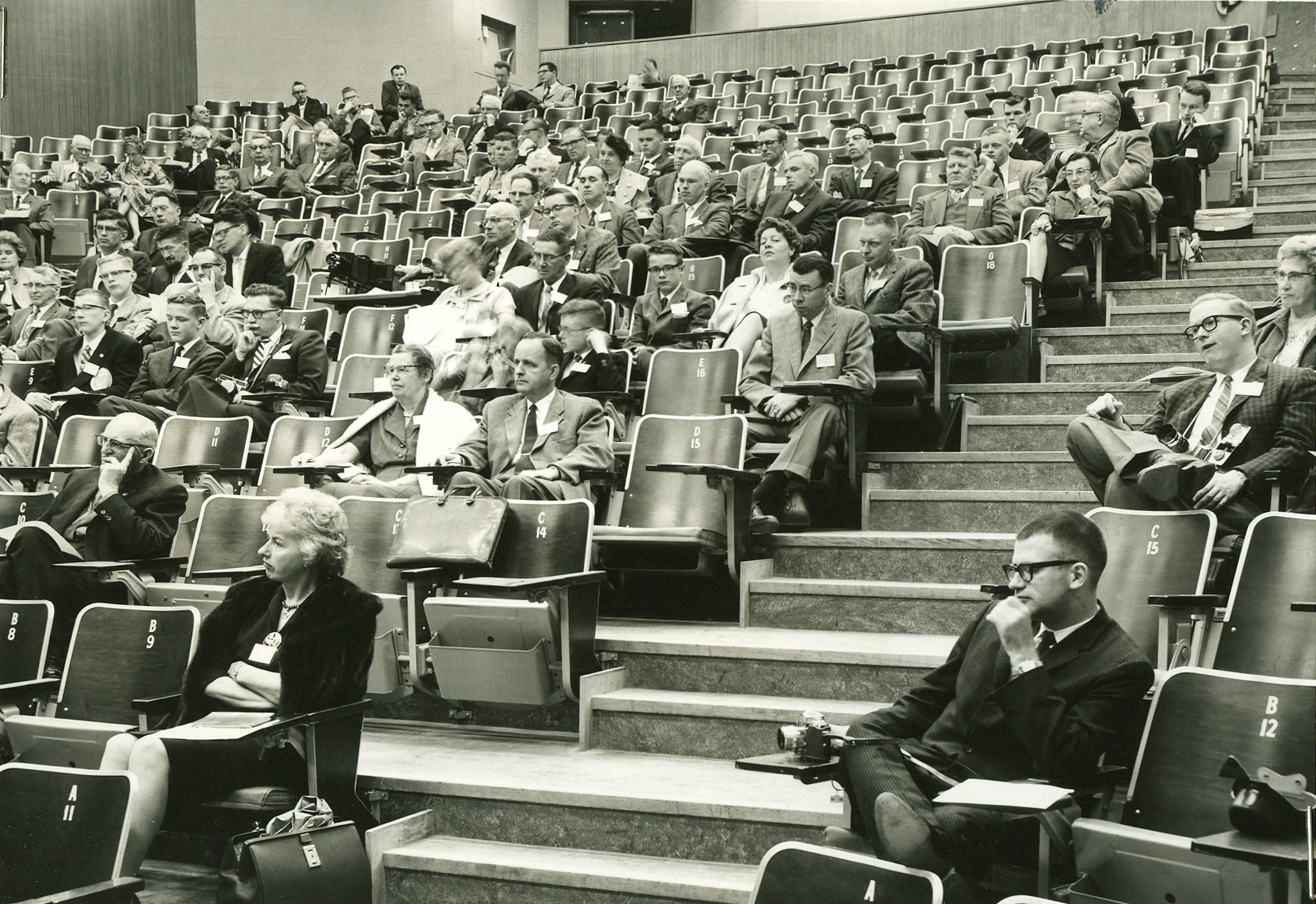 GA 1962 Crowd
