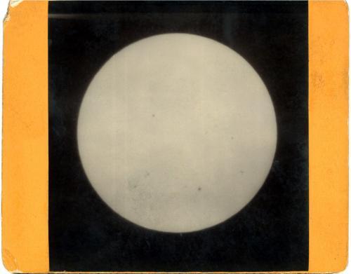 Sun 18921001