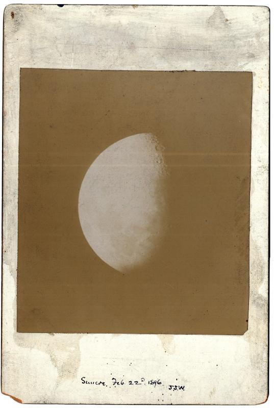 Moon 18960222